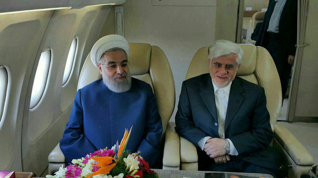 روحانی و عارف در هواپیما