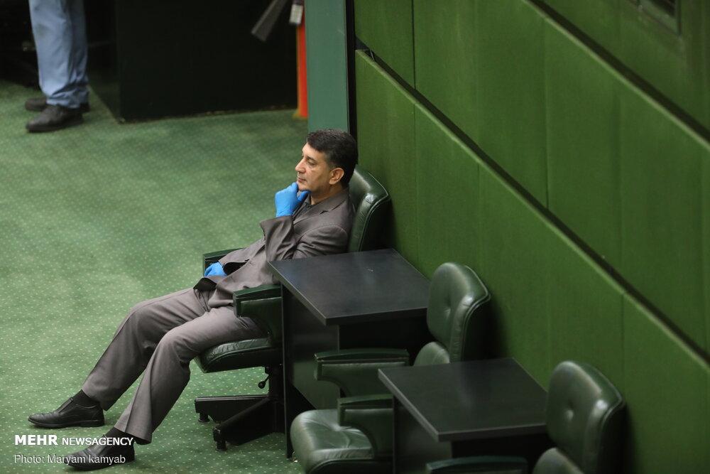 نماینده اخلالگر بازار خودرو در جلسه امروز مجلس