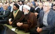 عکس: حجت الاسلام صدیقی در صف نمازگزاران جمعه