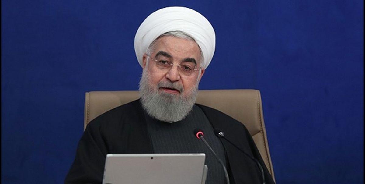 روحانی: افتخار میکنیم که کشور را بدون نفت اداره کردیم