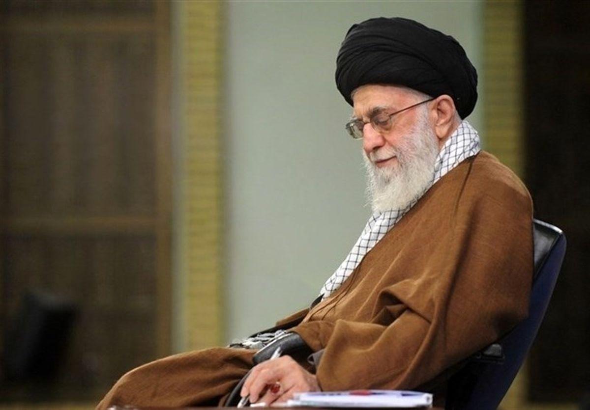 رهبر انقلاب: سپاه با قدرت به فعالیتهای شایسته خود ادامه دهد