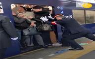شغل عجیب جا دادن مسافران مترو!