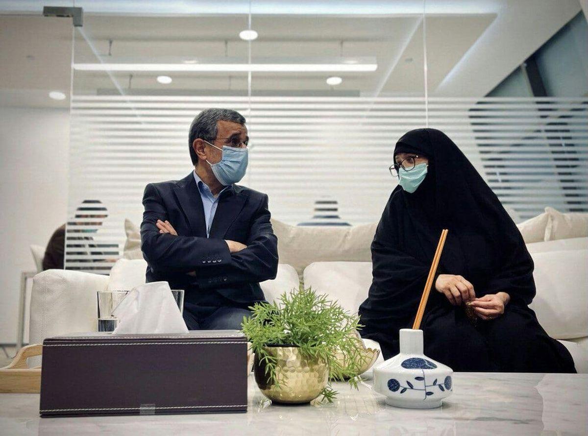 فیلم غیرتی شدن همسر احمدینژاد بخاطره ژست صمیمانه همسرش و زن غریبه
