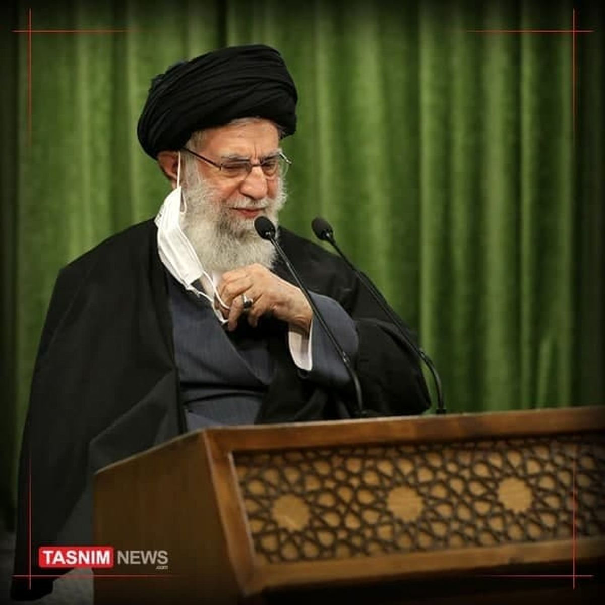 رهبر انقلاب: انقلاب اسلامی ما، مضمون بعثت پیامبر را تجدید کرد/وارونهنمایی حقیقت روش دشمن در جنگ نرم است