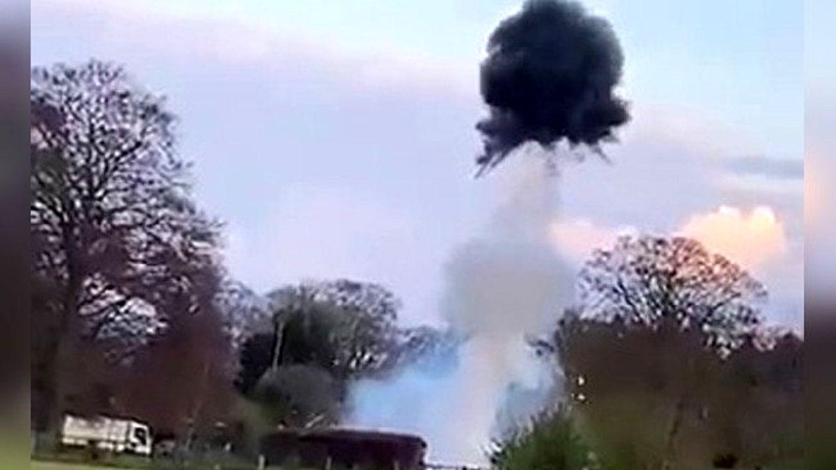 انفجار نارنجک جنگ جهانی در حیاط خانه! +فیلم