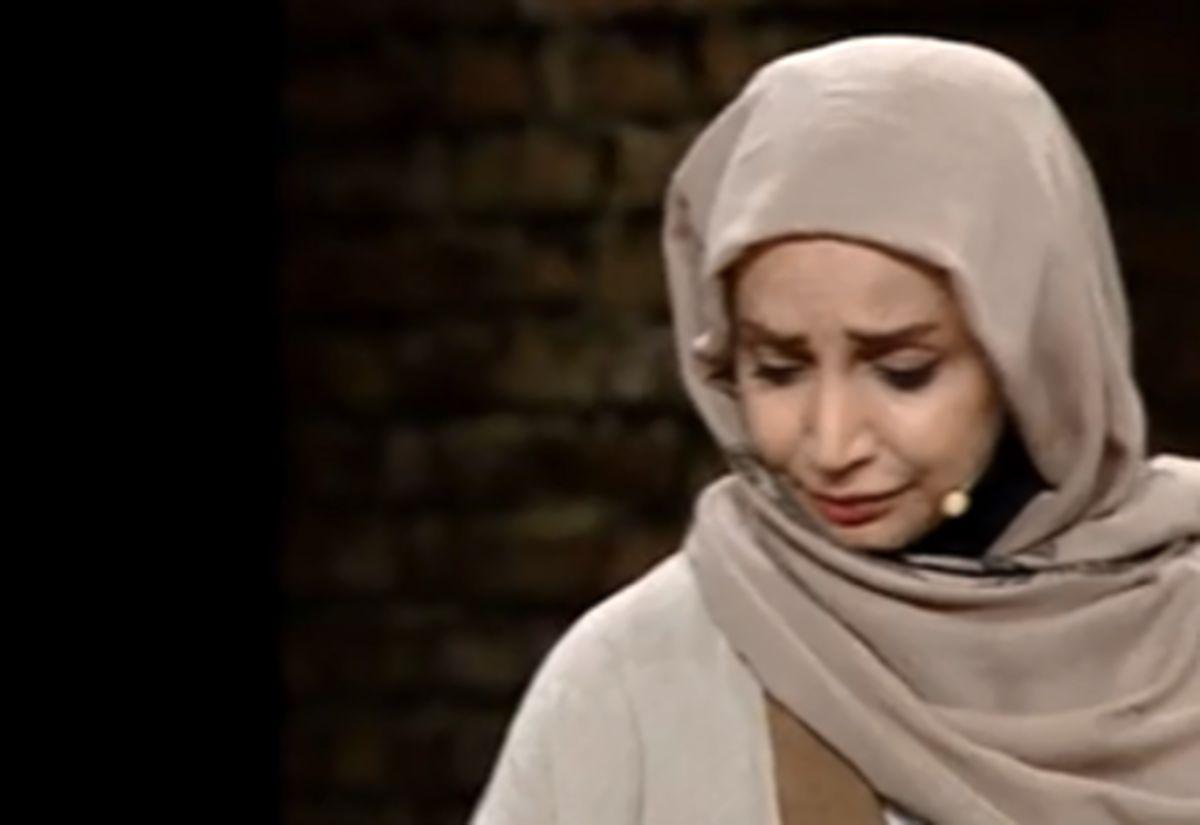 ماجرای گریه ناگهانی شبنم قلیخانی در برنامه زنده چه بود؟ +فیلم