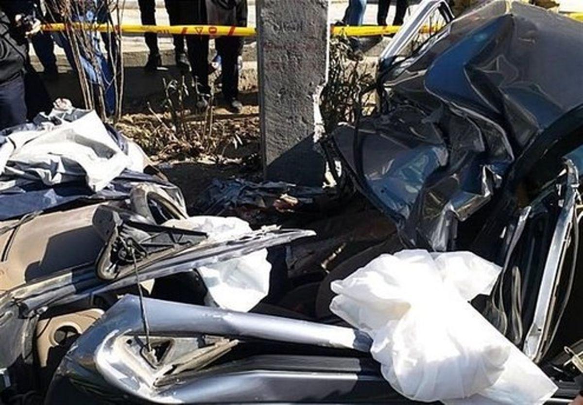 مرگ راننده تهرانی در تصادف شدید با تیر چراغ برق +تصاویر