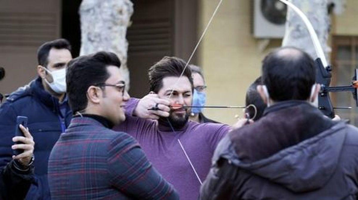 مهارت بازیگر ایرانی در تیراندازی +عکس