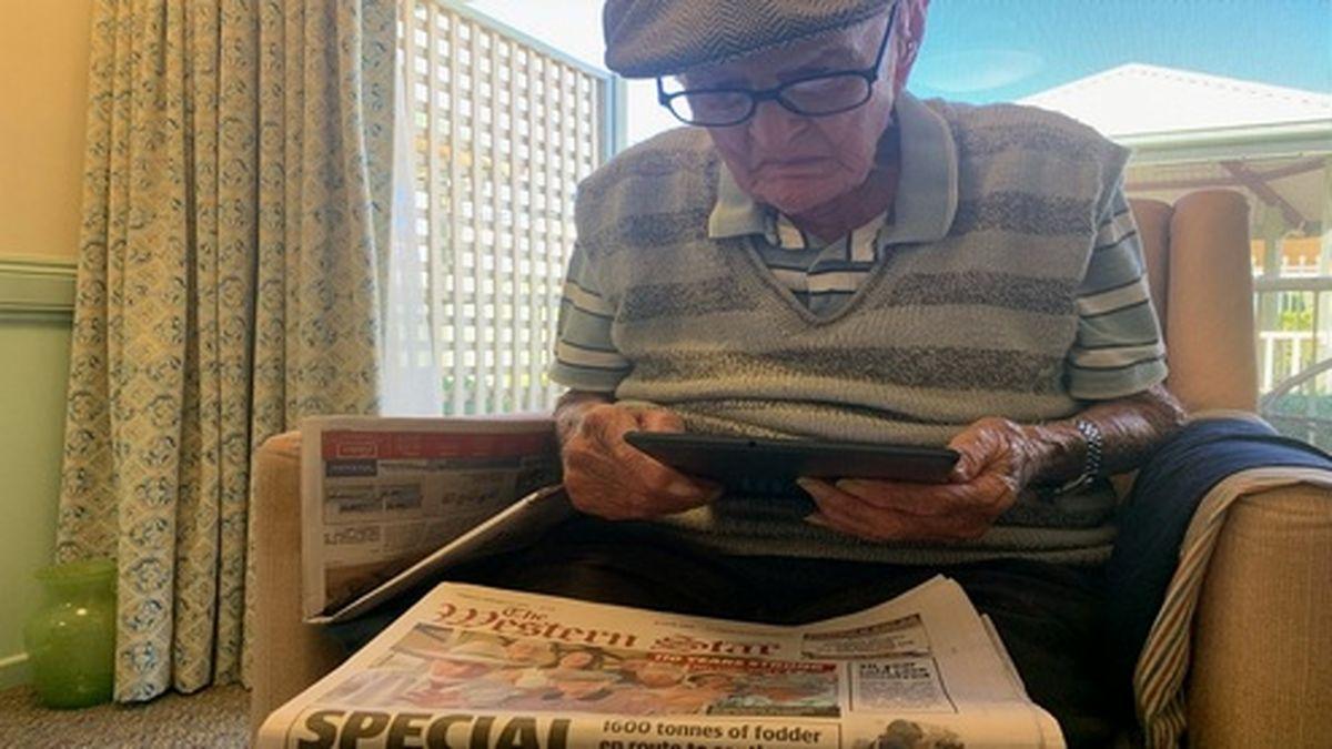 راز طول عمر پیرمرد ۱۱۱ ساله چه بود؟ +عکس