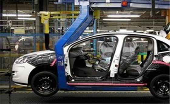 واکنش یک نماینده به ثبتنامهای اخیر ۲ خودروساز