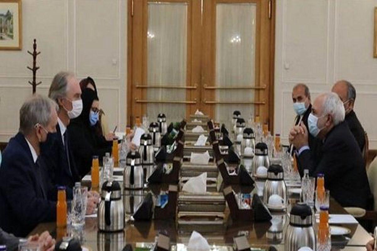 انتقاد ظریف از کارشکنیها در حل بحران سوریه