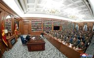 دفترکار عجیب رهبر کره شمالی +عکس