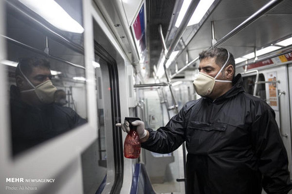 تصاویر: ضد عفونی ناوگان حمل و نقل عمومی در تهران