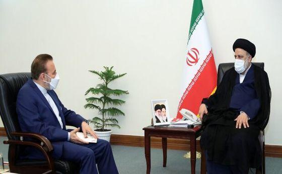 دیدار واعظی با رئیس جمهور منتخب +عکس