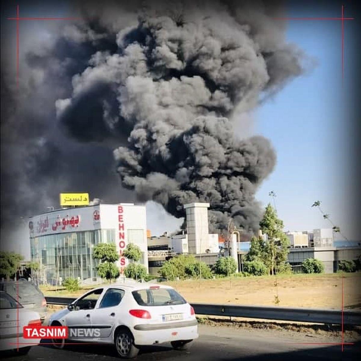 آتشسوزی گسترده در غرب تهران