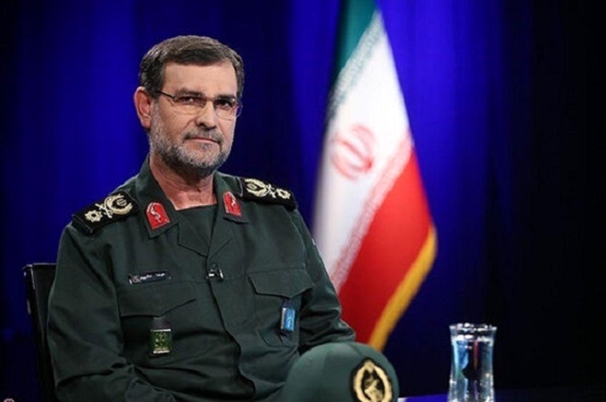 قدرت نمایی موشک های سپاه / سردار تنگسیری هشدار داد: تهدید را با تهدید جواب میدهیم