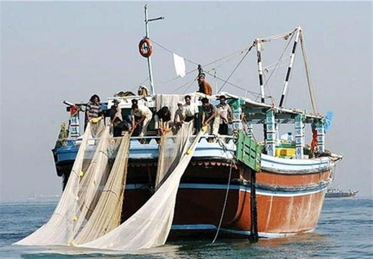 توقیف ۱۸ فروند شناور غیر مجاز در خلیج فارس