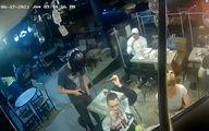 شگفتی مردم از  خونسردی مشتری رستوران حین سرقت مسلحانه!+فیلم
