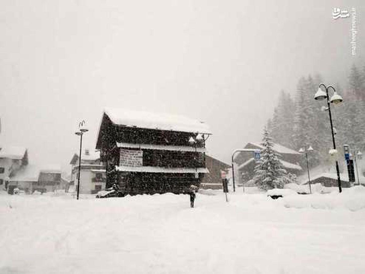 تصاویر: برف و کولاک در ایتالیا