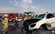 تصاویر: آتش گرفتن پژو ۲۰۶ در آزادراه تهران ـ قم