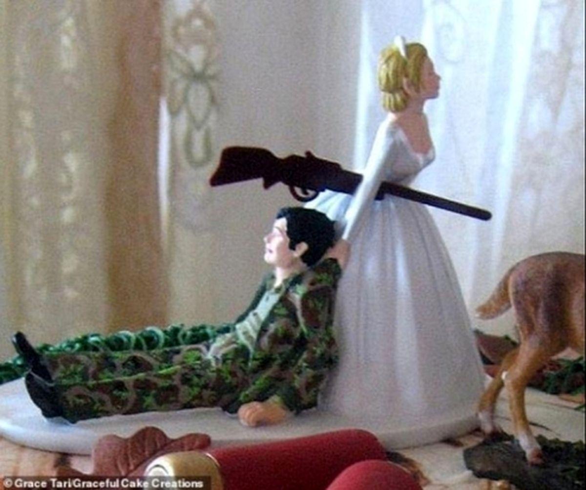 کیک عروسی عروس و داماد آمریکایی جنجالآفرین شد+ عکس