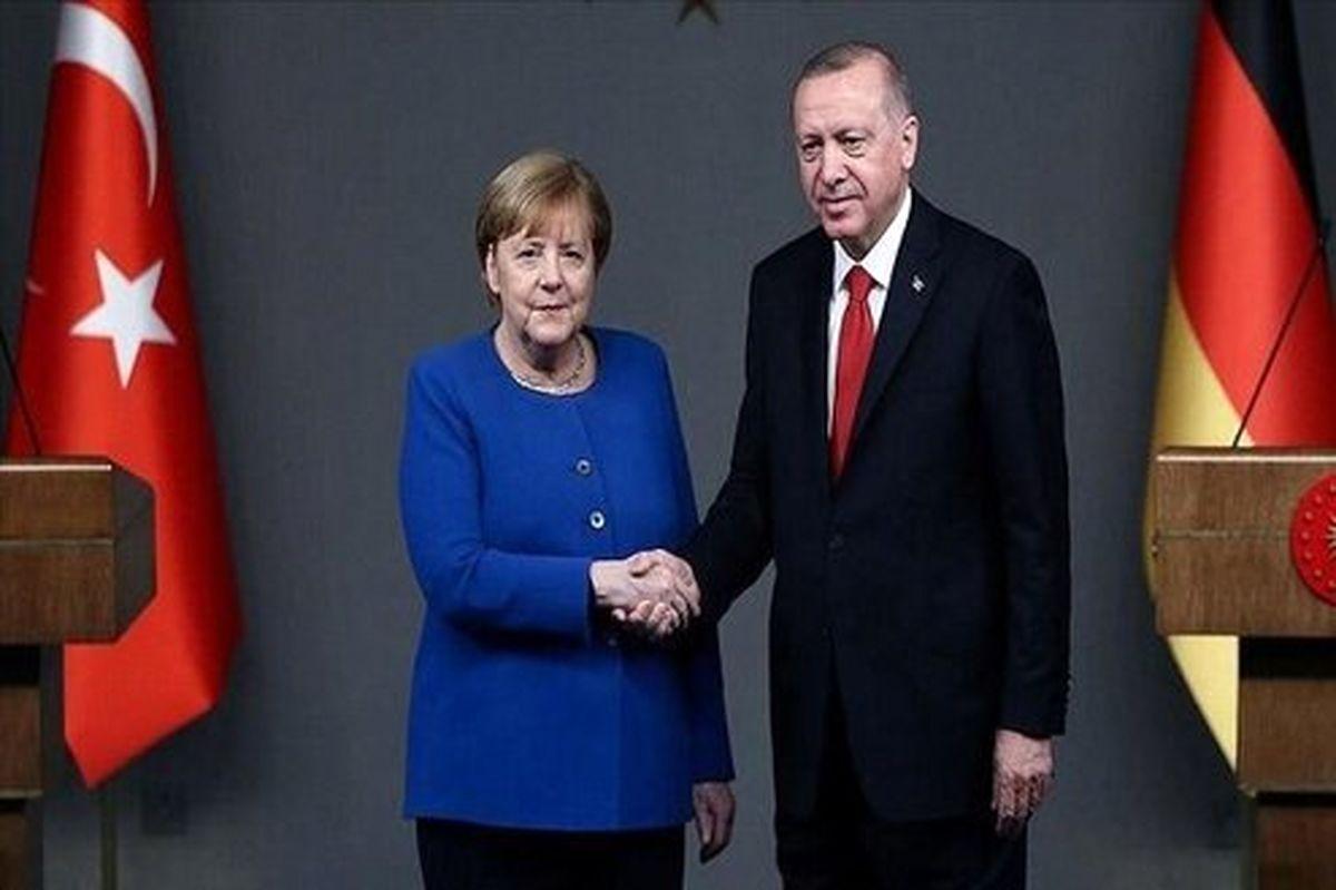 اردوغان و مرکل رایزنی کردند