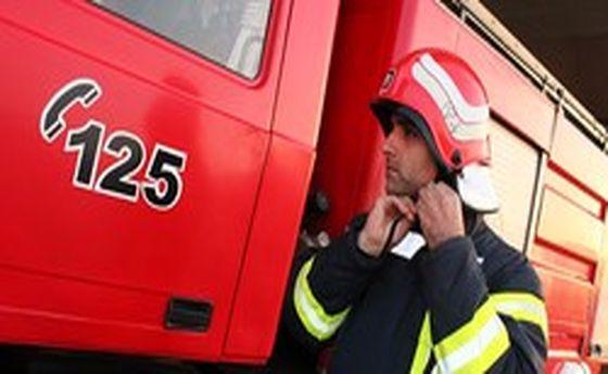 آتشسوزی خودروی ۴۰۵ در داخل پارکینگ مجتمع مسکونی