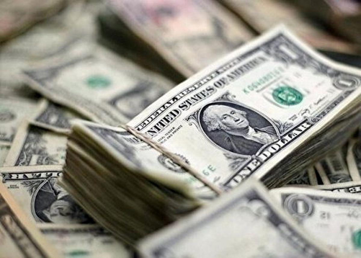 پیش بینی کاهش قیمت دلار تا محدوده ۲۰ تا ۲۱ هزار تومان
