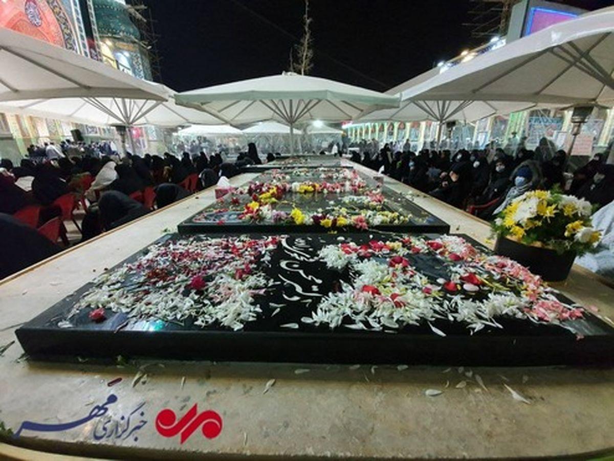 مزار شهید فخریزاده در شب شهادت حضرت فاطمه +عکس