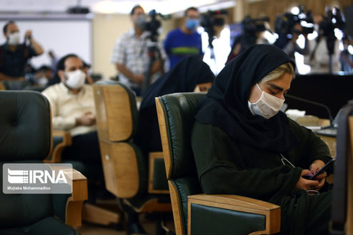 تصاویر: احوالات خبرنگاران در نشست خبری سخنگوی دولت