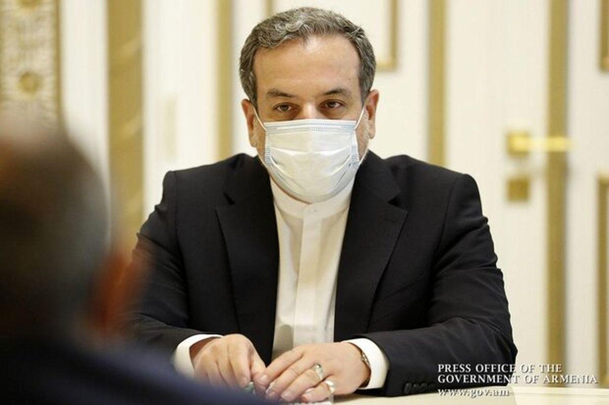 عراقچی: تحریمهایی که جنبه عمومی دارند لغو میشود
