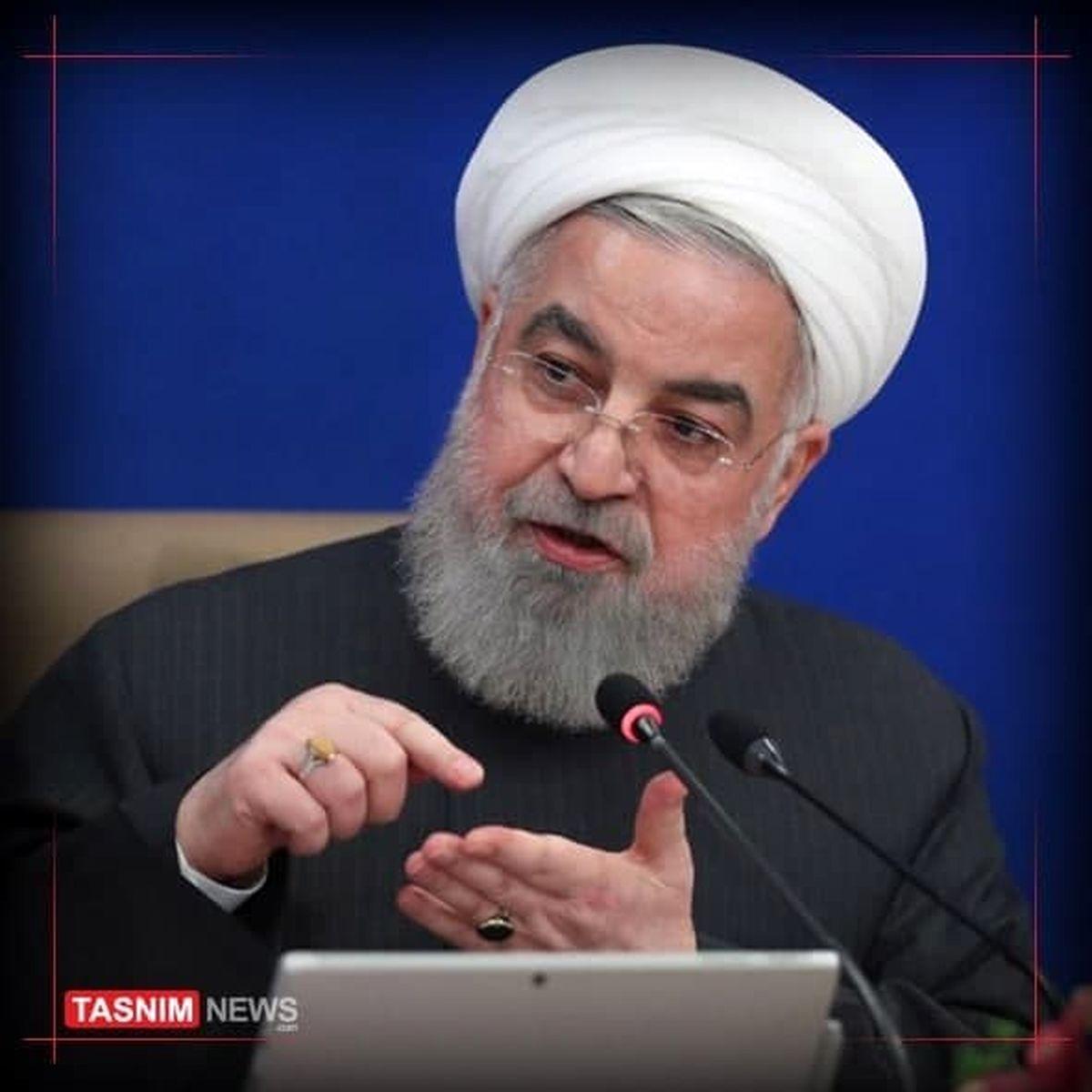 روحانی: دولت آمریکا اشتباهات آن دیوانه را جبران کند