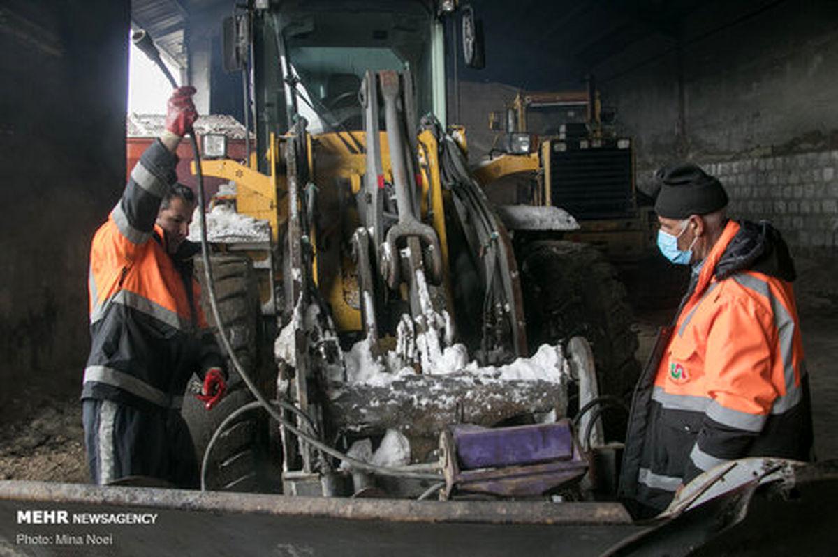 تصاویر: مردان جاده های برفی