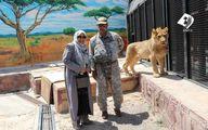 همسر ظریف در کنار قفس شیر +عکس