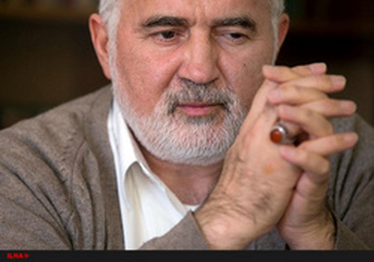 احمد توکلی: خاتمی قبل از ۸۸ مرتب با رهبری جلسه داشت/از اعتراض روشنفکران نگران نباشیم