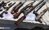 کشف ۱۲۰ قبضه انواح اسلحه از قاچاقچیان سلاح +فیلم