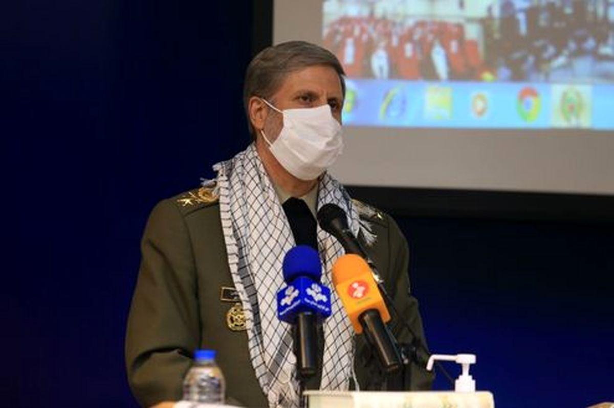 خبر امیرحاتمی از رونمایی ناوشکن تمام ایرانی در آینده نزدیک