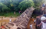 تصاویر:خروج قطار از ریل در بنگلادش
