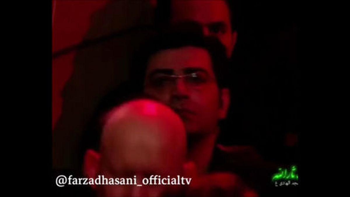سینه زنی فرزاد حسنی در تاسوعای حسینی +عکس