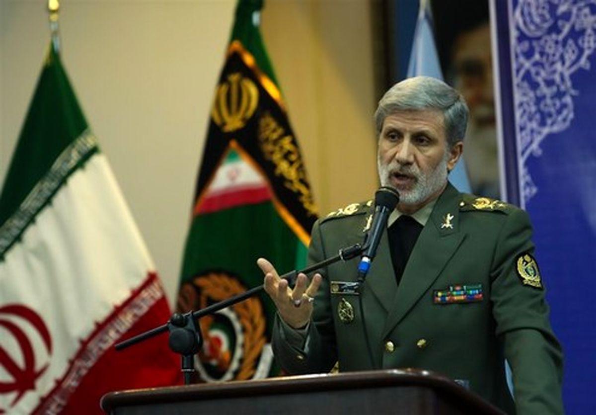 وزیر دفاع: سلاحهای ایرانی مانع تروریستها شد