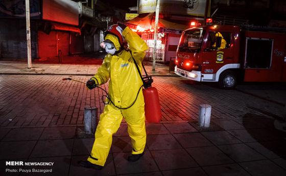 تصاویر: ضد عفونی اماکن عمومی توسط آتشنشانان رشت