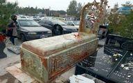 سنگ قبر ۲۲۰ میلیونی درکرمان! +عکس