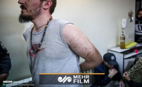 فیلم: مواد فروشی که به جای پول اموال مسروقه میگرفت!