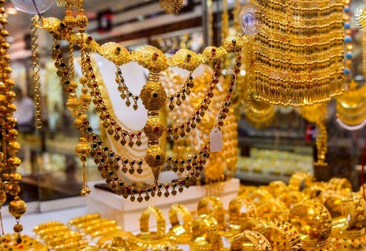 آشفتگی در بازار طلا وسکه / قیمت طلا و سکه بالا کشید