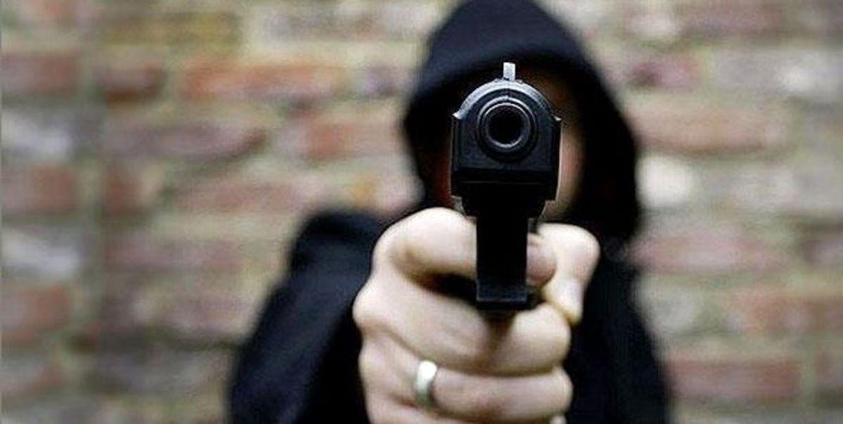ماجرای سوء قصد افراد مسلح به یک خودروی عبور
