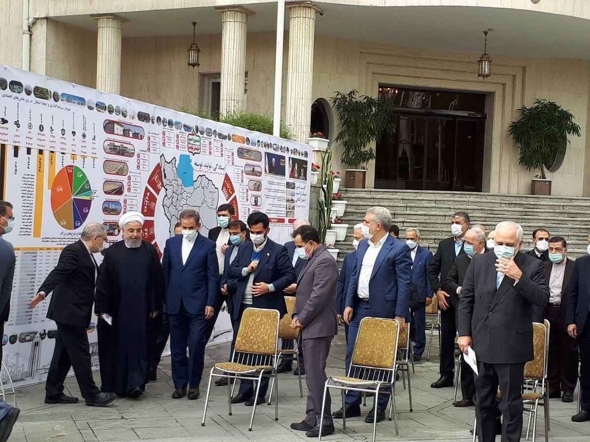 عکس: حضور روحانی و اعضای دولت در جمع خبرنگاران