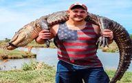 شکار تمساح ۳ متری به دست یک فوتبالیست+تصاویر دیدنی