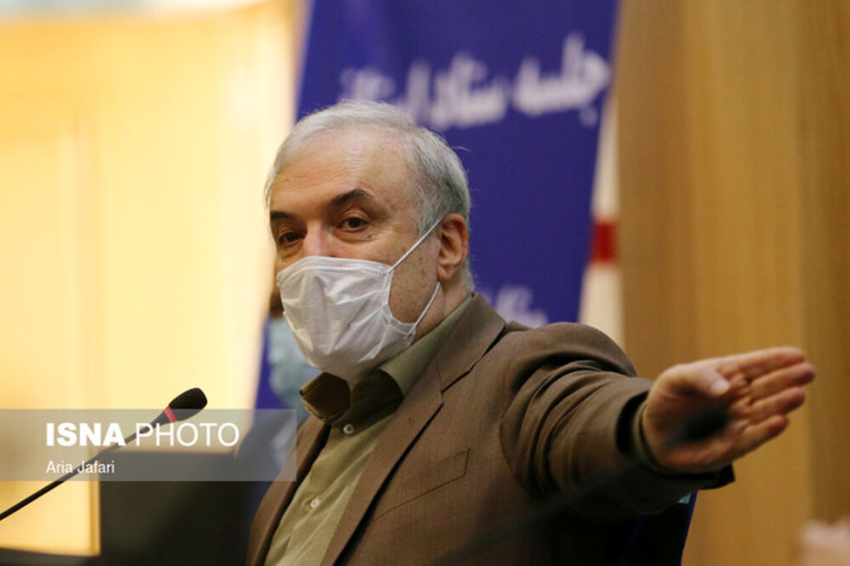 وزیر بهداشت: تعداد بیماران بستری رو به افزایش است