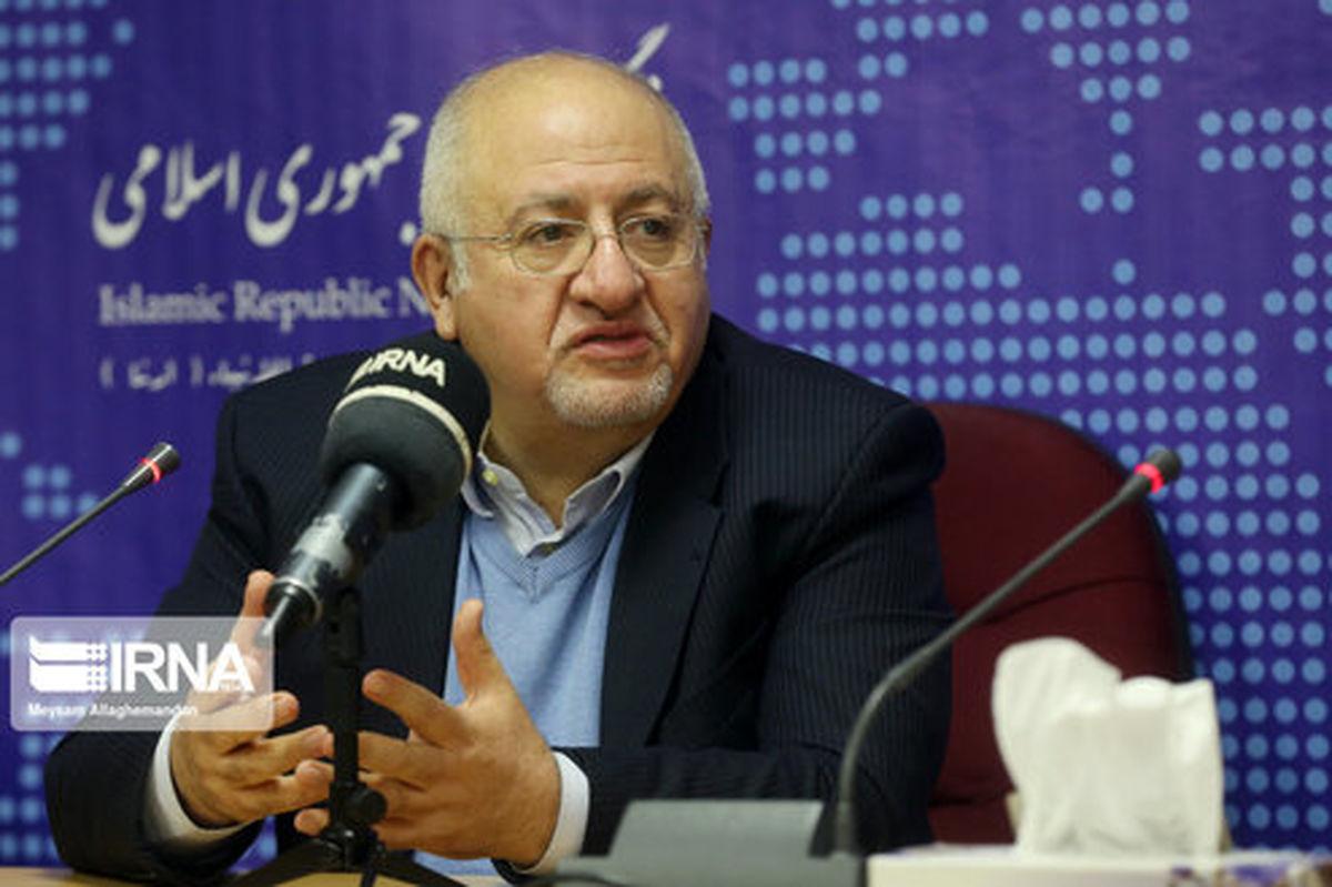 حقشناس: انتخاب لاریجانی از سوی اصلاحطلبان بعید است/فائزه هاشمی شبیه تندروهای داخلی حرف زد
