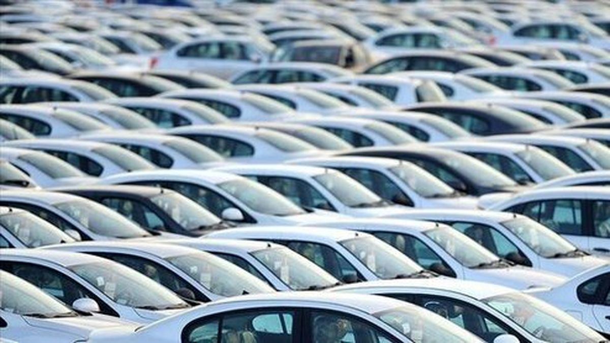 تداوم ریزش قیمتها در بازار خودرو/عقب نشینی پراید از مرز صد میلیون تومان